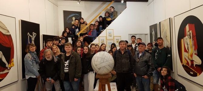 "I ragazzi del progetto Erasmuplus ""Different but Equal"" in visita all'Atelier Paudice"